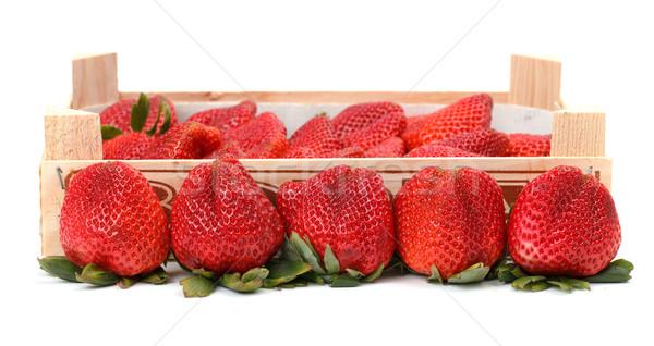 Vermelho morangos caixa folha Foto stock © Discovod