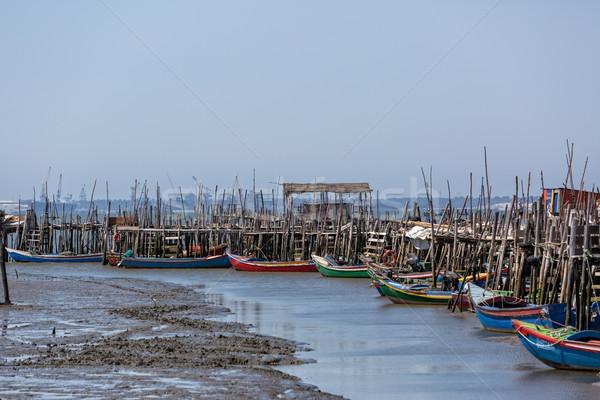 Vieux village eau mer océan bateau Photo stock © Discovod