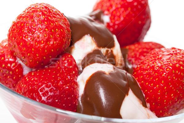 Crème glacée fraises chocolat alimentaire fruits Photo stock © Discovod
