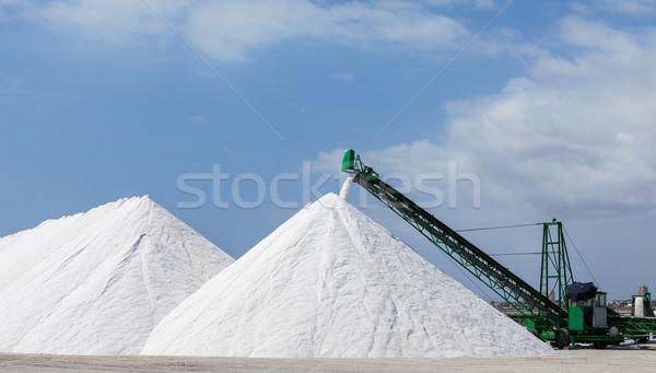 Stock fotó: Só · hegyek · kék · ég · üzlet · égbolt · ipar