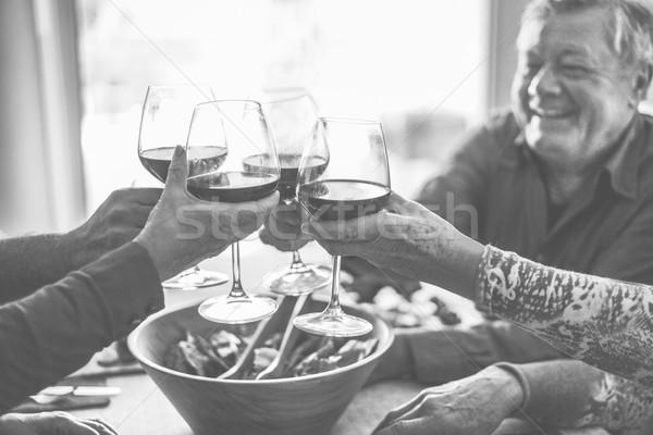 Stock fotó: Boldog · idős · barátok · szórakozás · éljenez · vörösbor