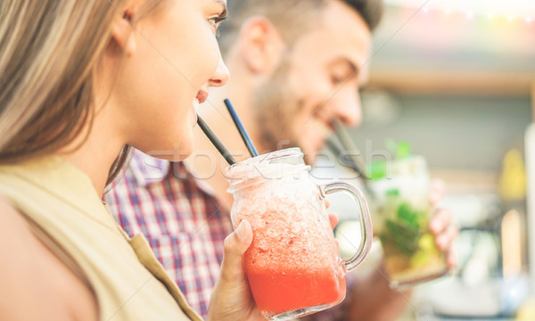 счастливым друзей коктейли Майами Lounge Сток-фото © DisobeyArt