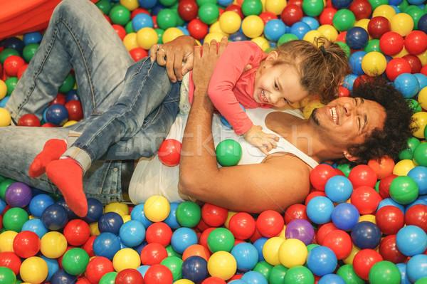 Stok fotoğraf: Genç · baba · oynama · kız · içinde · top