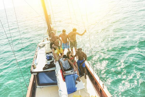 グループ 若者 飲料 ダンス セーリング ボート ストックフォト © DisobeyArt