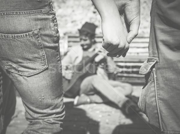 Férfi játszik gitár utca szabadtér fiatal Stock fotó © DisobeyArt