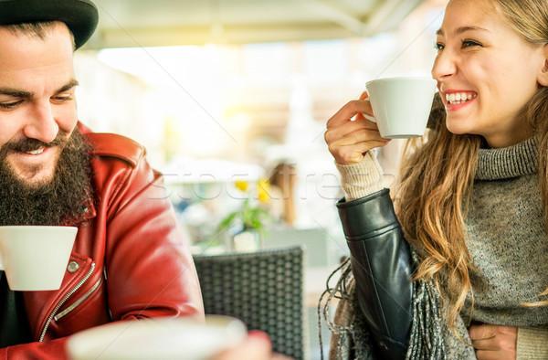 Heureux amis café cappuccino bar Photo stock © DisobeyArt