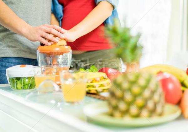 Saludable vegetariano desayuno frutas hortalizas Foto stock © DisobeyArt