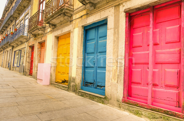 Színes elnyűtt festett ajtók utca művészi Stock fotó © DisobeyArt