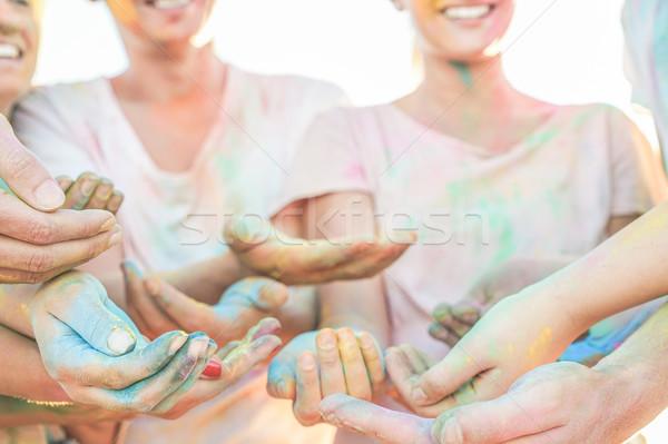 счастливым друзей разделение цветами лет Сток-фото © DisobeyArt