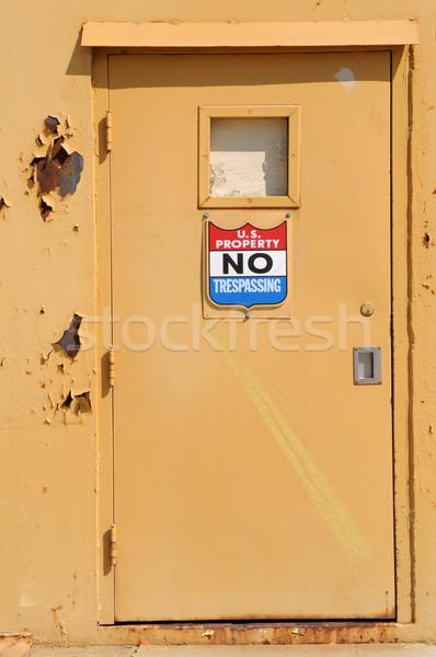U.S. Property No Trespassing Stock photo © disorderly
