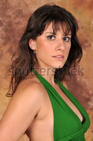 Brunette mooie jonge groene meisje vrouwelijke Stockfoto © disorderly