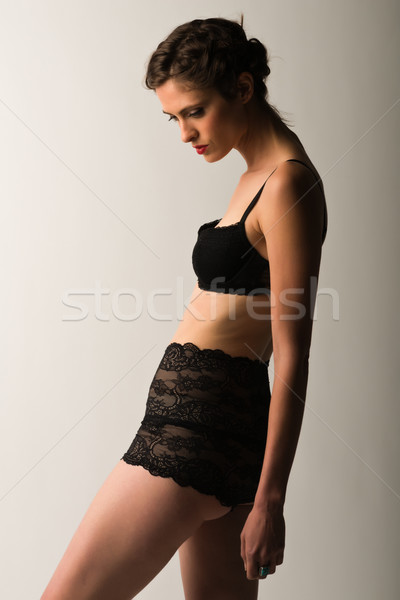 Brunette lang slank vintage zwarte lingerie zwarte Stockfoto © disorderly