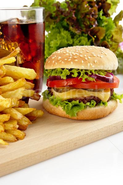 Menü kola ahşap plaka büyük cheeseburger Stok fotoğraf © dla4