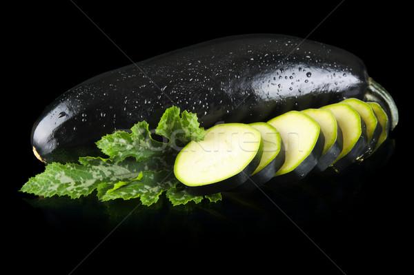 влажный Cut Ломтики листьев черный Сток-фото © dla4