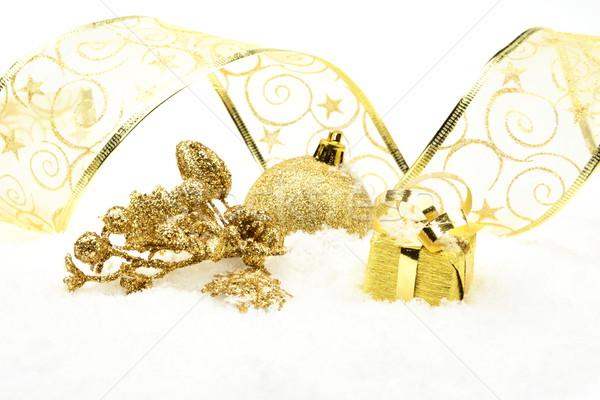 Dorado Navidad hojas regalo nieve decoración Foto stock © dla4