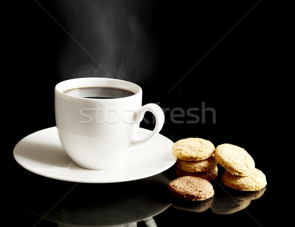 Taza café cookies platillo café negro negro Foto stock © dla4