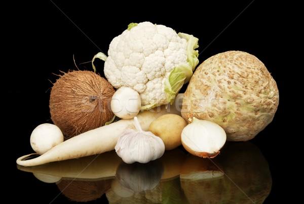 Branco dietético preto e branco cogumelos preto estúdio Foto stock © dla4