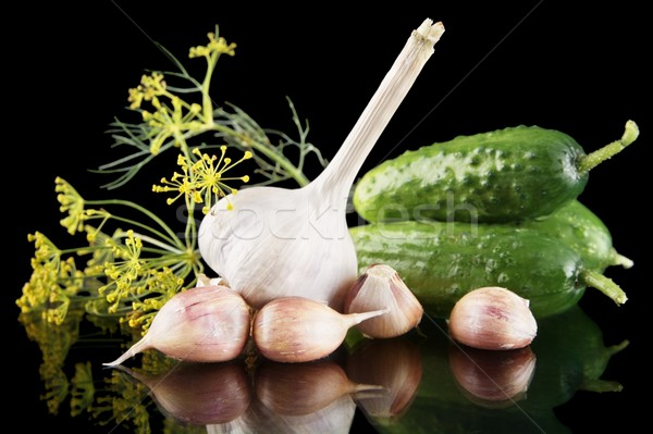 Pepinos preto isolado espaço verde legumes Foto stock © dla4