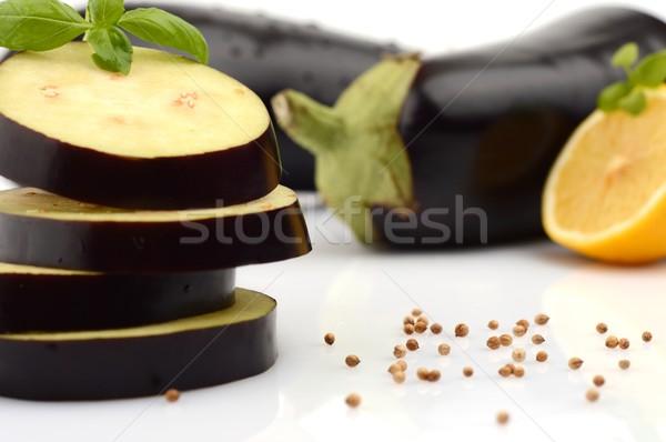 Patlıcan patlıcan fesleğen yaprakları kişniş Stok fotoğraf © dla4