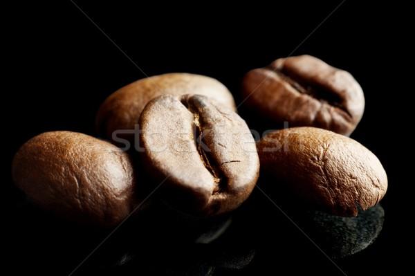 Makró közelkép lövés kávé izolált fekete Stock fotó © dla4