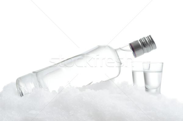 Botella gafas vodka hielo blanco primer plano Foto stock © dla4