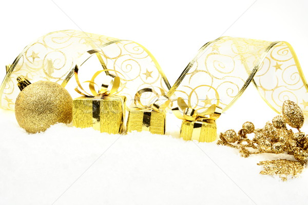 Gouden christmas bladeren geschenken sneeuw decoratie Stockfoto © dla4