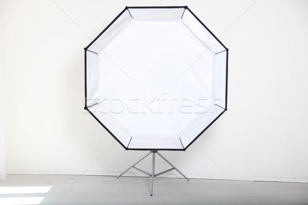 Flash blanche photo studio équipement mode Photo stock © dmitriisimakov