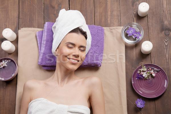 Nina mentiras sauna masaje spa mujer Foto stock © dmitriisimakov