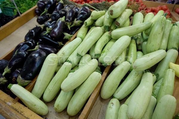 Zucchine melanzane shelf store alimentare frutti Foto d'archivio © dmitriisimakov