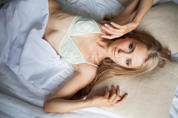 Menina dormir manhã branco quarto Foto stock © dmitriisimakov