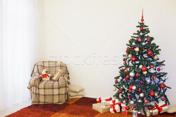 Foto d'archivio: Albero · di · natale · nuovo · anni · bianco · stanza · Natale