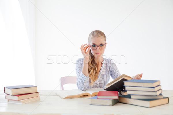 девушки бизнеса секретарь книгах экзамен книга Сток-фото © dmitriisimakov