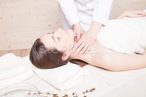 Beautiful girl massagem estância termal mentiras tabela corpo Foto stock © dmitriisimakov