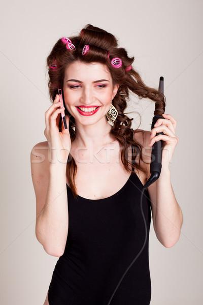 Menina cabelo falante telefone penteado mulher Foto stock © dmitriisimakov