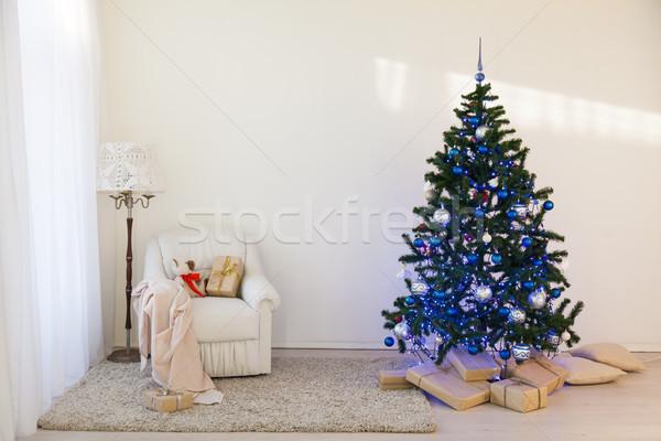 árbol de navidad brillante habitación año nuevo regalos casa Foto stock © dmitriisimakov