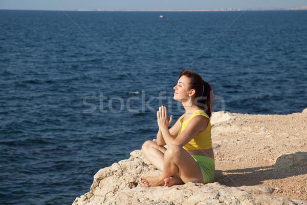 Photo stock: Yoga · fille · plage · mer · posent