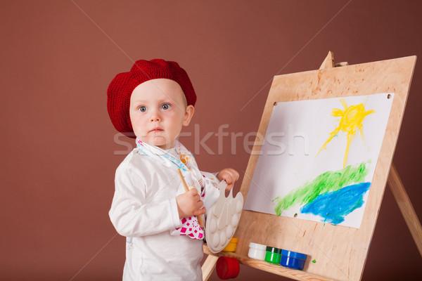Pequeno menino artista escove quadro papel Foto stock © dmitriisimakov