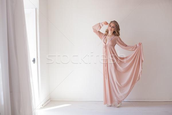 Bela mulher roupa interior casamento branco quarto amor Foto stock © dmitriisimakov