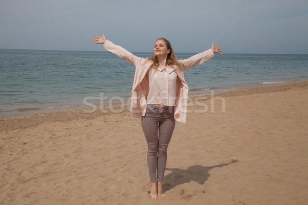 Nina otono playa océano moda Foto stock © dmitriisimakov