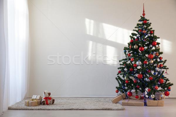 рождественская елка белый комнату Рождества подарки счастливым Сток-фото © dmitriisimakov