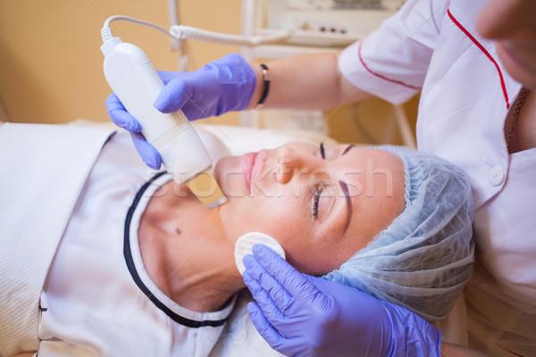 Lekarza procedura twarz kobiety czyszczenia strony medycznych Zdjęcia stock © dmitriisimakov