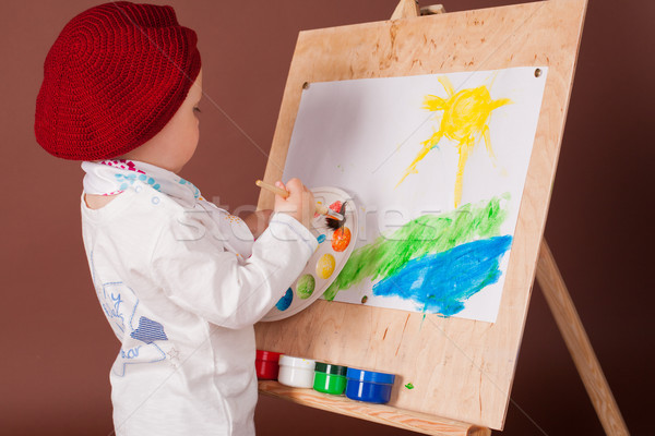 Pequeno menino artista escove quadro sorrir Foto stock © dmitriisimakov