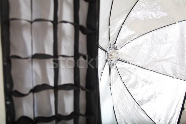 Flash blanche photo studio équipement papier Photo stock © dmitriisimakov