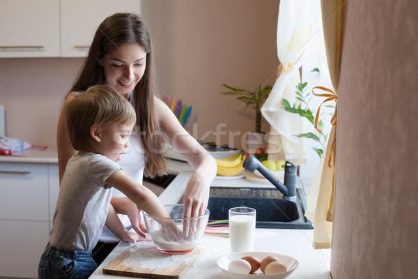 母親 パイ 小麦粉 少女 赤ちゃん ストックフォト © dmitriisimakov