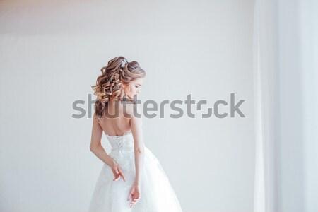 Сток-фото: невеста · белый · комнату · свадьба · розовый