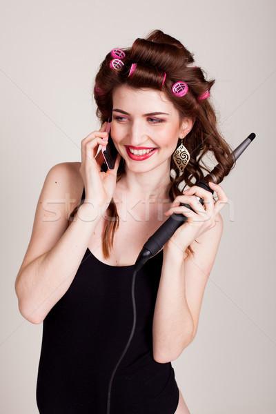 Menina cabelo falante telefone penteado computador Foto stock © dmitriisimakov
