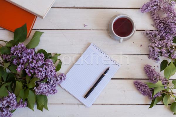 Stock fotó: Fehér · asztal · orgona · ajándék · notebook · csésze