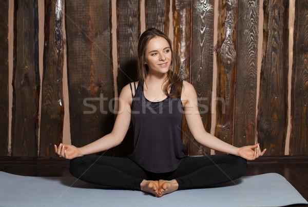 Mulher simples pose beleza encantador ioga Foto stock © dmitroza