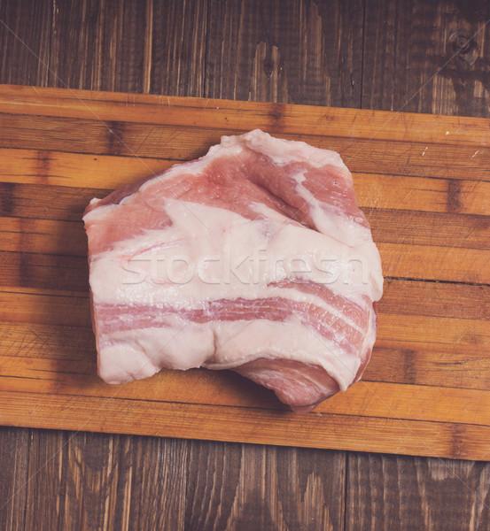 Stockfoto: Groot · stuk · varkensvlees · plank · houten · tafel · biefstuk