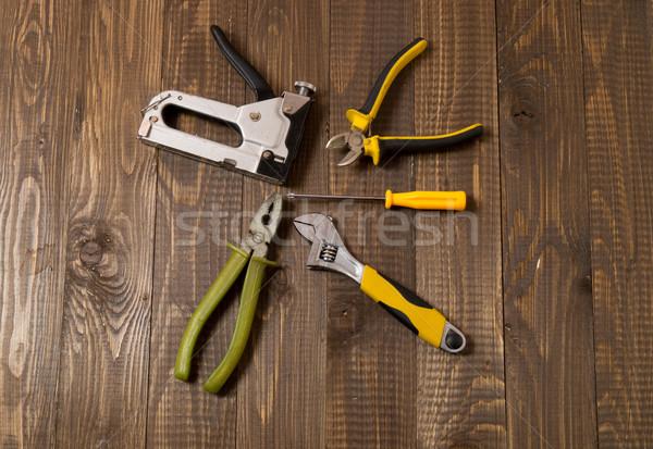 Necesario herramientas trabajo mesa de madera Foto stock © dmitroza